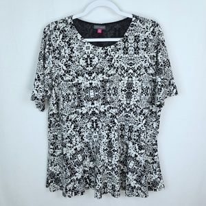 Vince Camuto Short Sleeve Top Size 1X